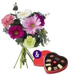 Combi deal: Boeket bloemen & een doosje bonbons