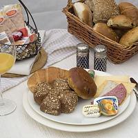 Op Koffiehoek.nl is alles over eten | drinken te vinden: waaronder beschuitje en specifiek Abraham Ontbijt